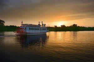 sunset paddlewheel cruise