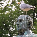bird-poop-statue