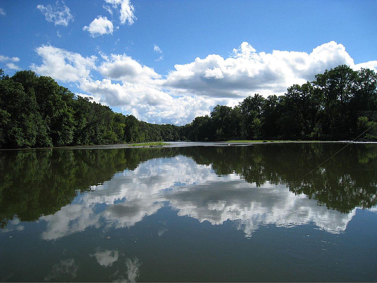 Fox River near Silver Springs July 2020 by Tom Schrader